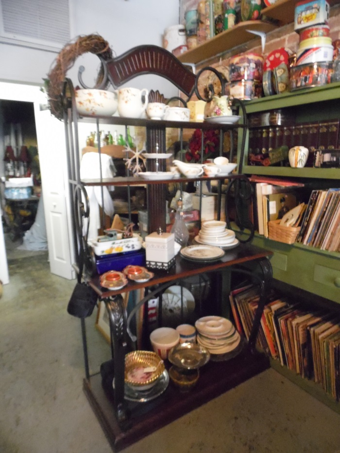 13 New photos August 25 of Mainstreet Treasures